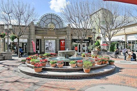 broadway-plaza.jpg