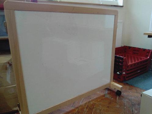 Whiteboard/Mirror Free-standing Kids Play Furniture