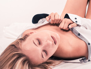 Un massage érotique avec le tantra, spécialement pour les femmes