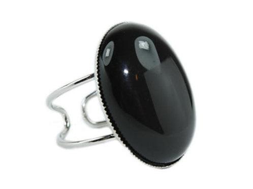 Bague en Agate Noire Cabochon Ovale 25x18 mm