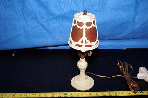 Table Lamp With Iron And Mica Shade