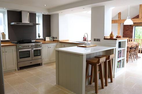 Traditional Shaker kitchen (1).jpg