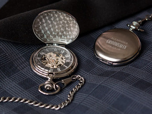 14 Awesome Gift Ideas For Your Best Man!