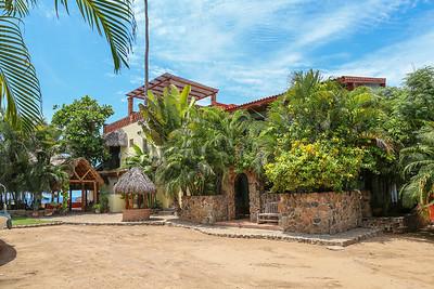 Casa-de-Playa-Las-Brisas-Chacala-02