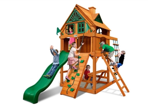 Chateau Tower Treehouse w/ Fort & Amber Posts
