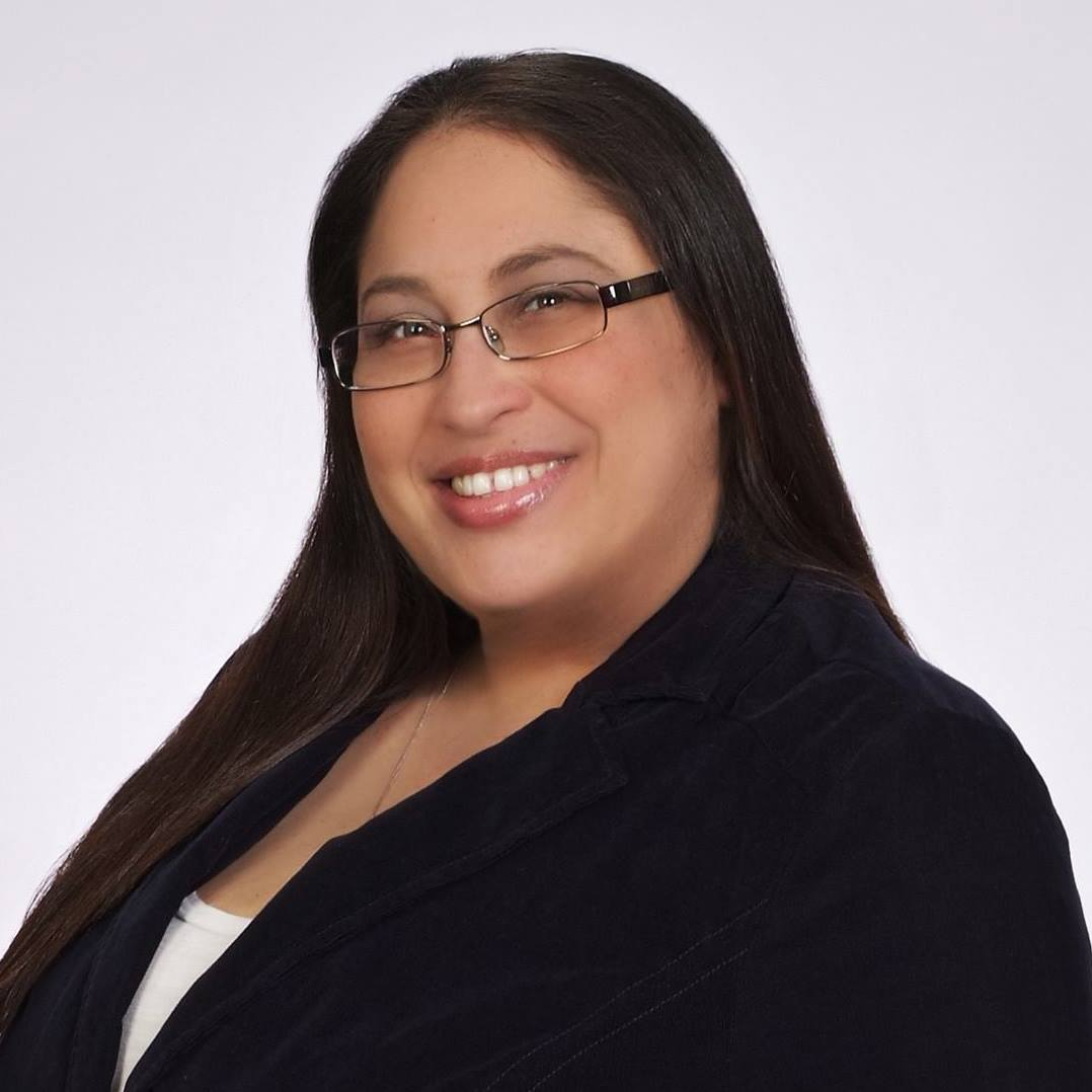 Laura Hevia The Cooking Realtor