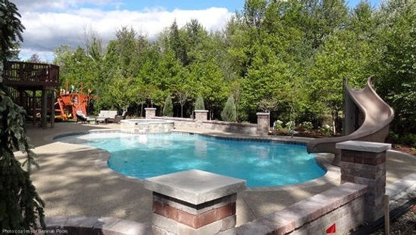 brick paver hardscape around pool/spa