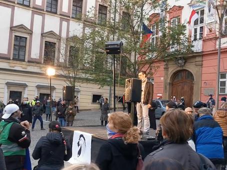CENZUROVANÉ VIDEO: 17. listopad v Brně se povedl!