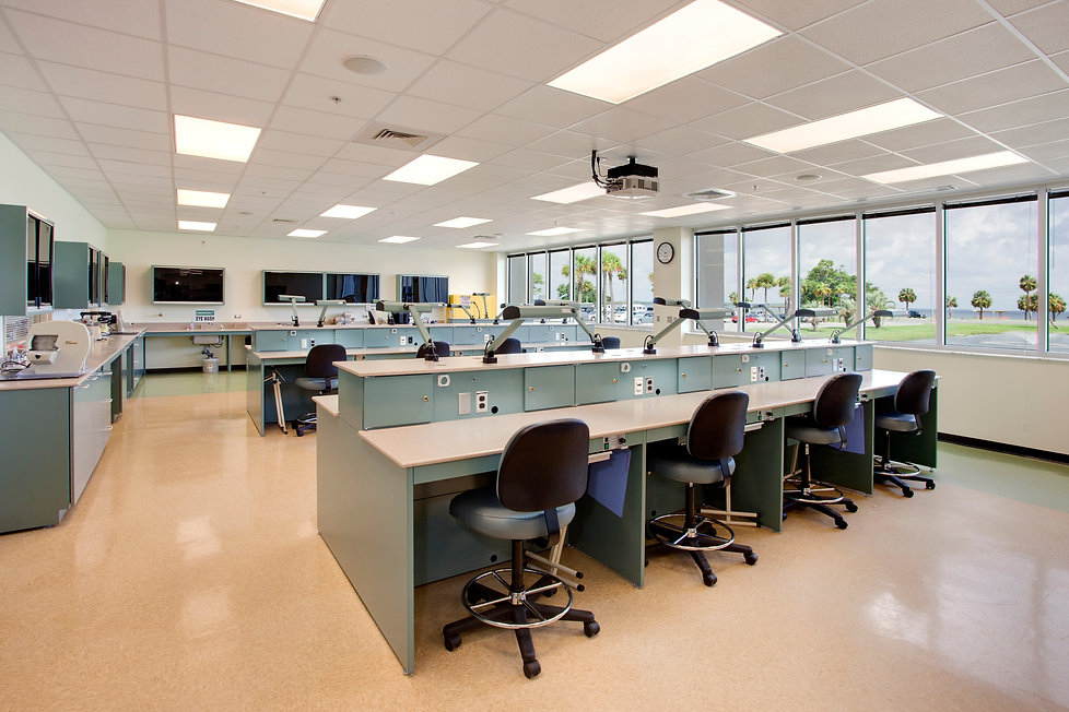 in_GCCCHealthScience_labclassrm01_final.