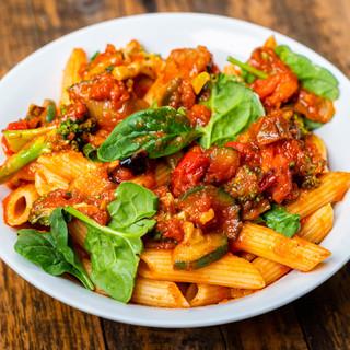 PastaGoGo_Vegetarian_2880x2304.jpg