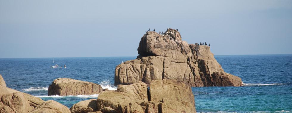 Rocks off Porth Chapel