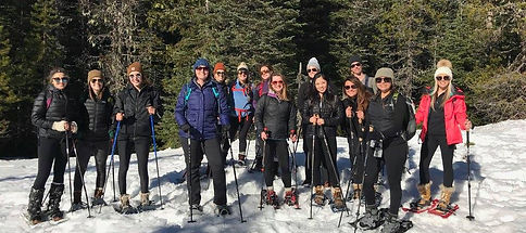 Outsiety women on adventures - cross-country skiing near Hood River Oregon