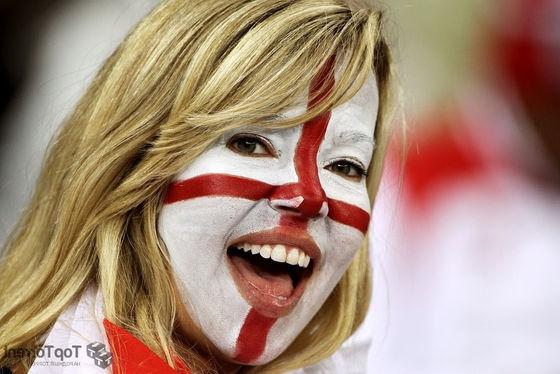 Англия девушка-фанатка