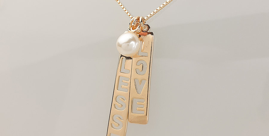 Colar BLESSED & LOVE em Ouro 18k