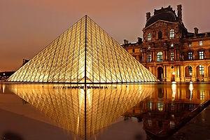 Paris-Museu-do-Louvre
