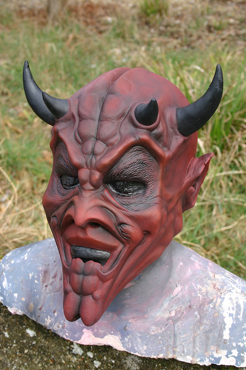 Quadros Demon Latex Mask