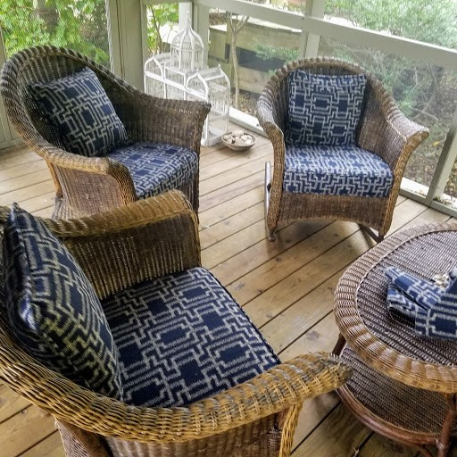 wicker sofa and chairs