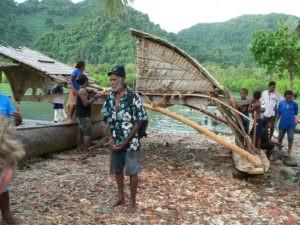 Chief Jonas Holani telling expeditioners about TePuke parts
