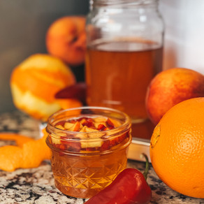 hot pepper peach infused honey with LEVO