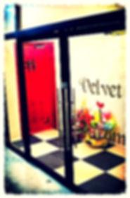 今池ライブシアターVelvet i Screamの入口です。