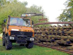 Lifting rail