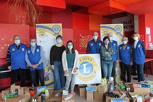 1 500 € de produits d'hygiène ont été offerts à 2 associations d'étudiants du Mans