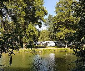 37-Azay-le-Rideau-aire-etape-camping-car