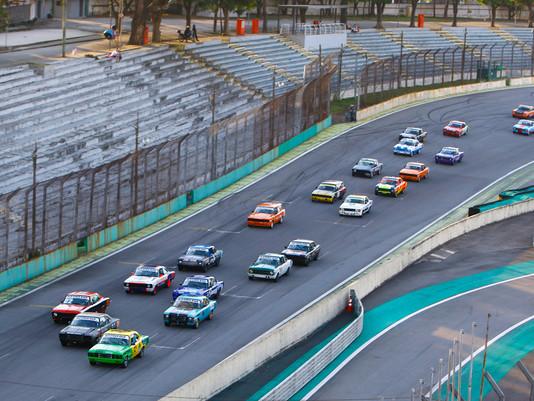 Marco Maragno e Carlos Freire vencem a segunda prova da segunda etapa em Interlagos.