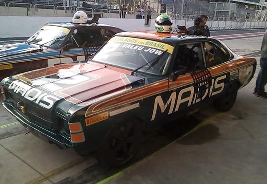 Rodrigo Pimenta marca pole na Old Stock em Interlagos