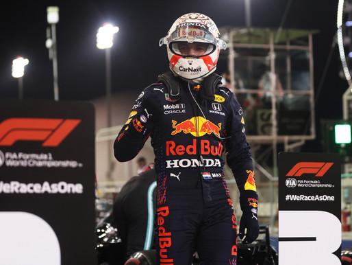 A Fórmula 1 está de volta e Max Verstappen mostra que veio dar trabalho