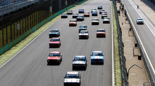 Ricardo Alvarez e Carlos Freire vencem em Interlagos no retorno da Old Stock Race e Opala 250