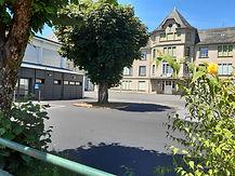 Pleaux_collège_fleuri.jpg