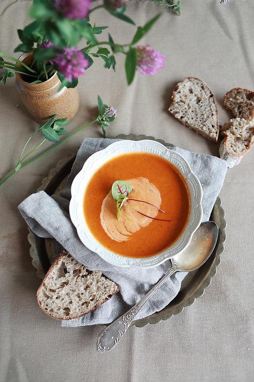 Krem z pomidorów i świeżej bazylii