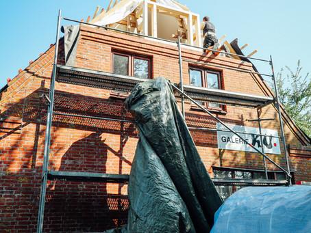 Einblick in den Beginn der Sanierungsarbeiten der Galerie Ku!