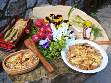 ŠULJKI IN VAGABUNDINA KOLIBA – DINING IN THE VINODOL WOODEN REALM