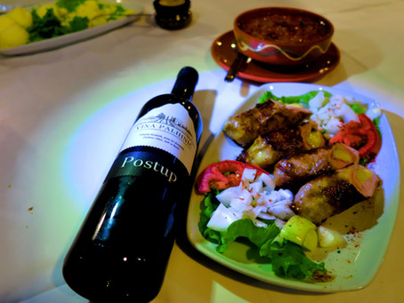 Wine with Spoon and Vješalica