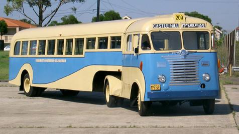 PARRAMATTA BUS CO - WHITE SEMITRAILER BUS