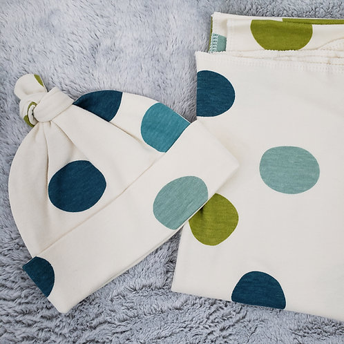Dotted Swaddle Set