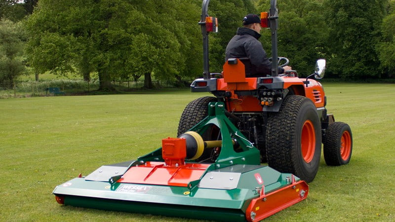 RMX RANGE OF RIGID DECK ROLLER MOWER