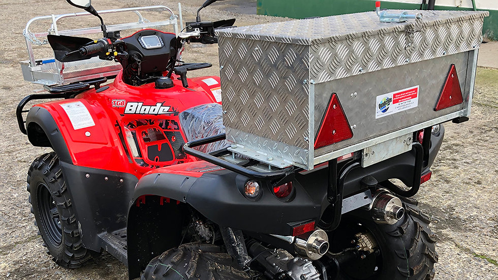 Quadcrate Removable Lamb Box Kit for Back Post Holder