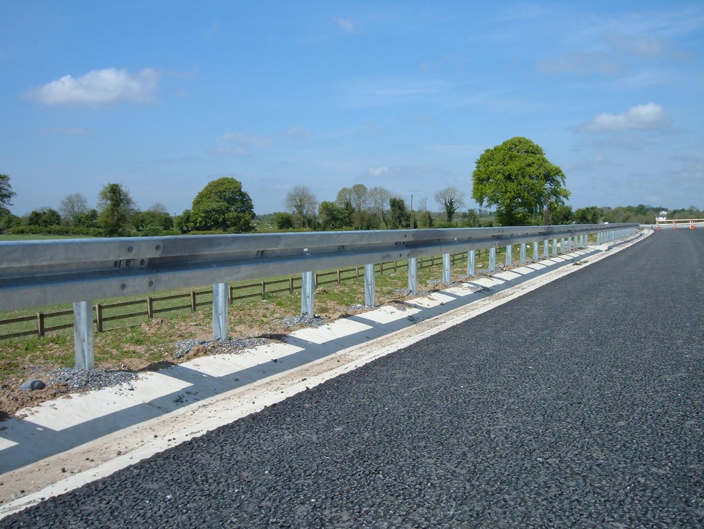road-crash-barrier1.JPG
