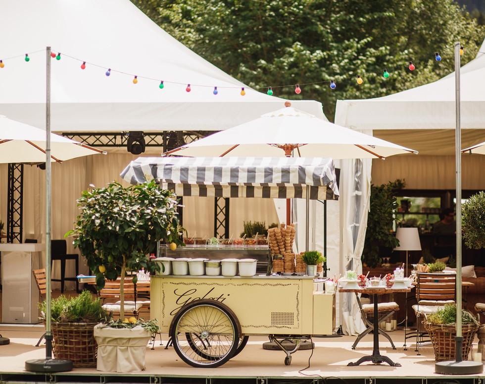 La Dolce Vita Geburtstag Dessertbar, Eiwagen, Lichterkette
