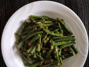 Sesame Garlic String Beans | Yoga of Eating