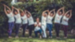 Yogalehrer Würzburg Team.JPG