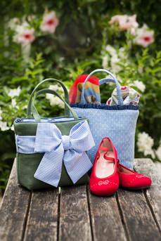 Kindertaschen und Ballerinas