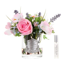 summer-wild-flowers-in-clear-glass-vase-