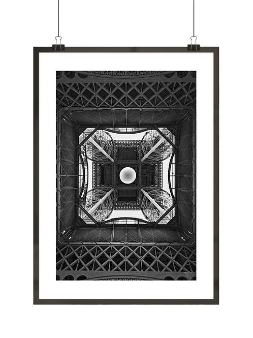 Czarno-biały plakat Wieży Eiffla w Paryżu