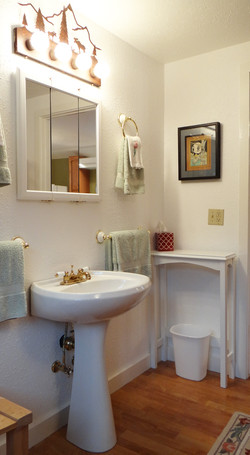 Bunk Room Lavatory Sink ad Mirror