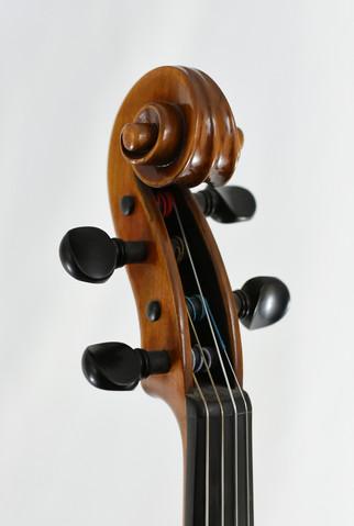 Eggen Viola Scroll.JPG