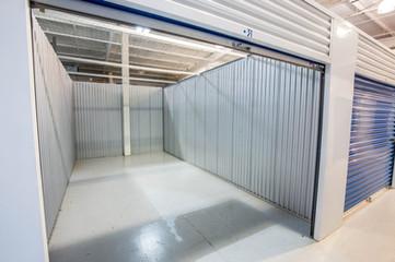 Variety of locker sizes & spaces.